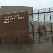 Aluminiumbuchstaben Buchstabenprofile Reliefbuchstaben Fassadenbeschriftung Schreib+Keppler Lichtwerbung Hamburg Deutschland Bremerhaven
