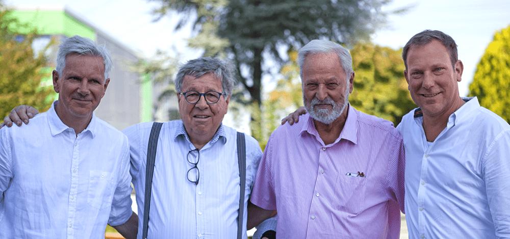 Zwei Generationen, ein Team: Phlipp und Viktor Keppler sowie Gerd und Andreas Schreib (v.l.)